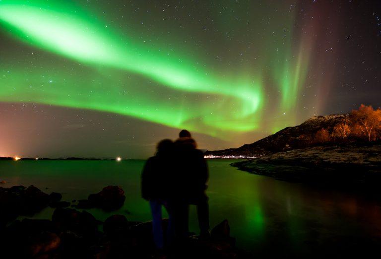 como conocer la aurora boreal adonde viajar