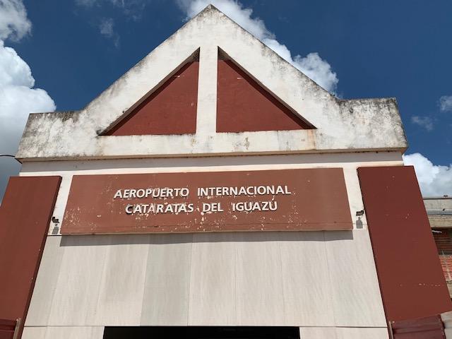 como ir desde el aeropuerto de iguazu a la ciudad de puerto iguazu