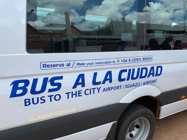 reservar bus a la ciudad four tourist travel en aeropuerto de iguazu